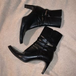 Kenneth Cole soft leather booties